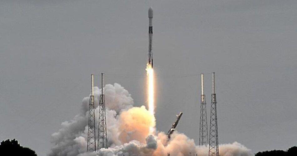SpaceX започна да извежда в орбита по 160 сателита за Starlink месечно
