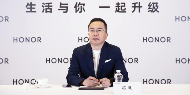 Генералният директор на Honor: ние ще изпреварим Huawei и Apple