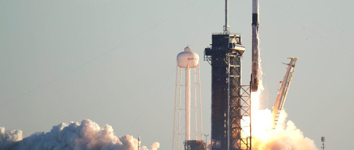 SpaceX изведе в орбита още 60 сателита на Starlink