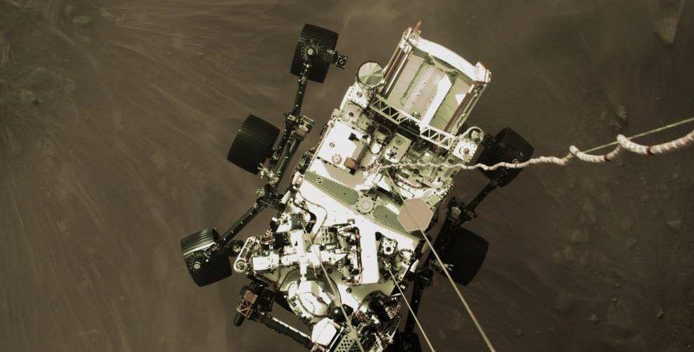 НАСА публикува първите направени от Perseverance снимки на Марс