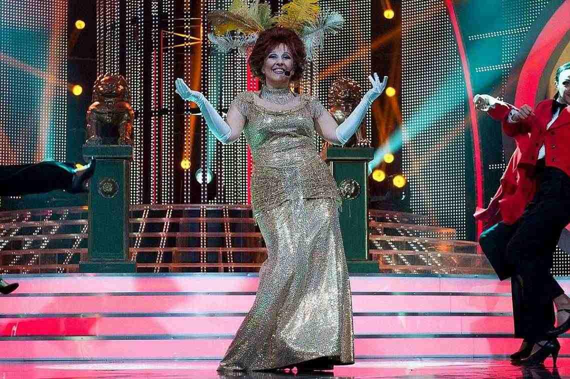 С първи двоен образ за сезона се яви Милица Гладнишка.