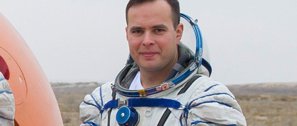 Роскосмос избра кой да бъде първият руски космонавт, който ще лети с Crew Dragon