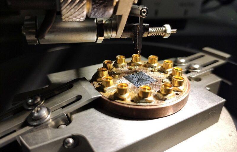 Русия създаде прототип на квантов чип с пет кубита