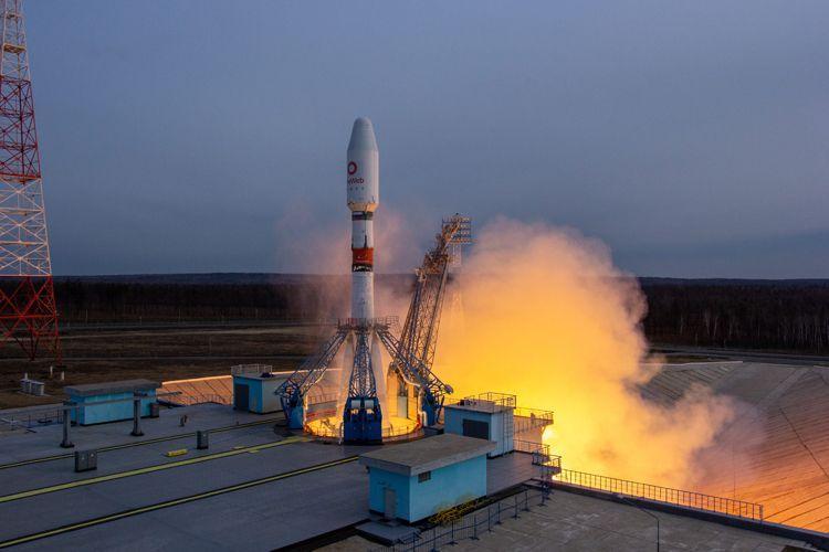 Ракетата Союз-2.1б успешно изведе в орбита 36 сателита за проекта OneWeb