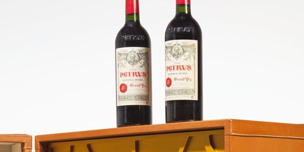Бутилка вино, която отлежава 14 месеца на МКС бе пусната на търг