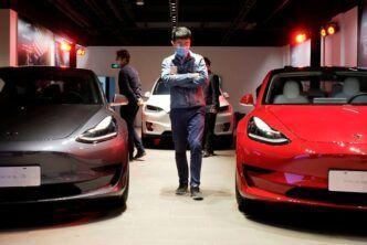Tesla разкрива данните от своите електромобили на китайските купувачи