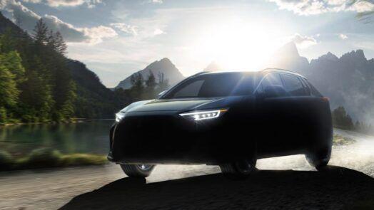 Subaru Solterra е първият електрически кросоувър на бранда, разработен съвместно с Toyota