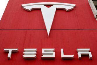 Tesla възнамерява да излезе на многомилиардния пазар на зелени кредити