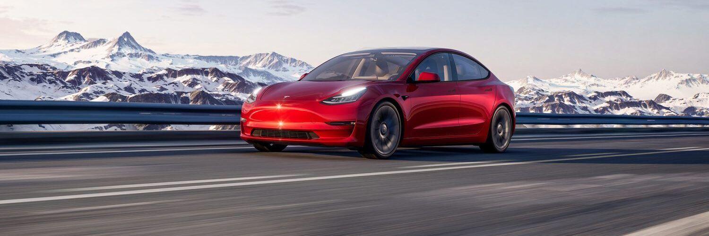 Електромобилите на Tesla вече официално се продават в Румъния и Унгария