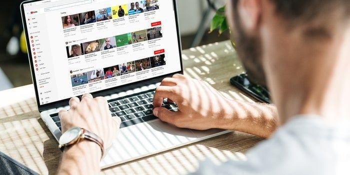 От 1 юни YouTube започва да вмъква реклама във всички клипове и въвежда данъци за блогърите