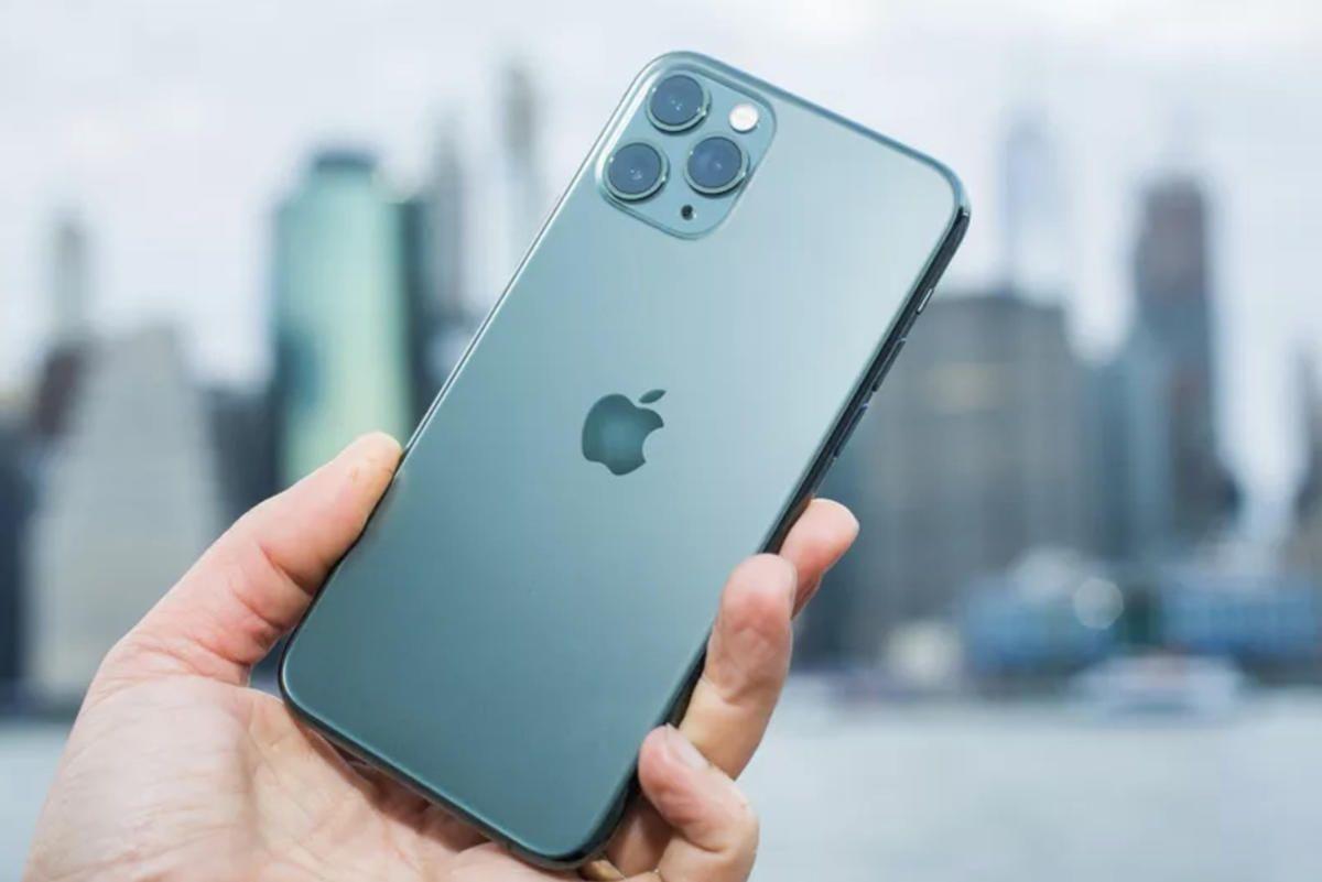 iphone-11-cnet.jpg