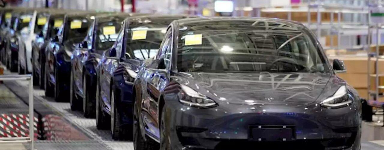 Акциите на Tesla в Китай паднаха с около 5% поради намалелите продажби в Китай