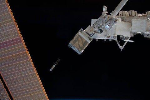 В орбита ще бъде изведен сателит, който ще може да се управлява от всеки желаещ