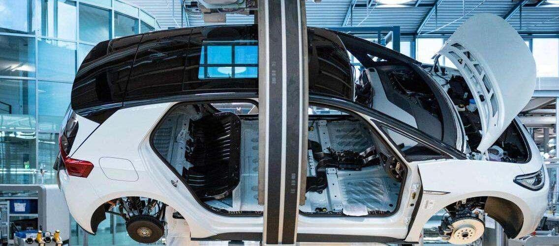 За използването на автопилота на Volkswagen ще се плаща почасова такса