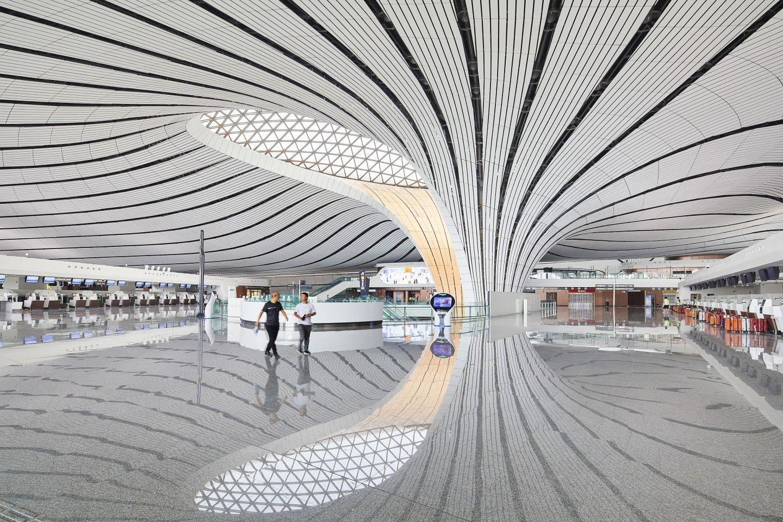 Вътре в международното летище Пекин Daxing от ZHA (2019)