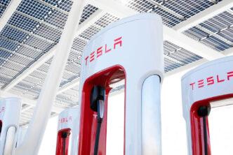 Германия иска Tesla да даде достъп до мрежата си за зареждане и на други авто производители