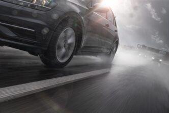 Кой и защо избира всесезонни гуми - дали това е добра идея?