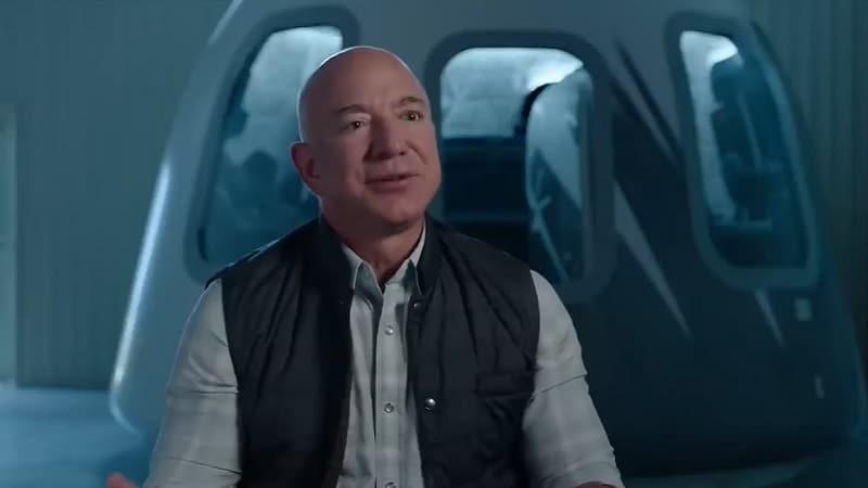 Учените спорят дали Джеф Безос може да се счита за астронавт след полета на Blue Origin