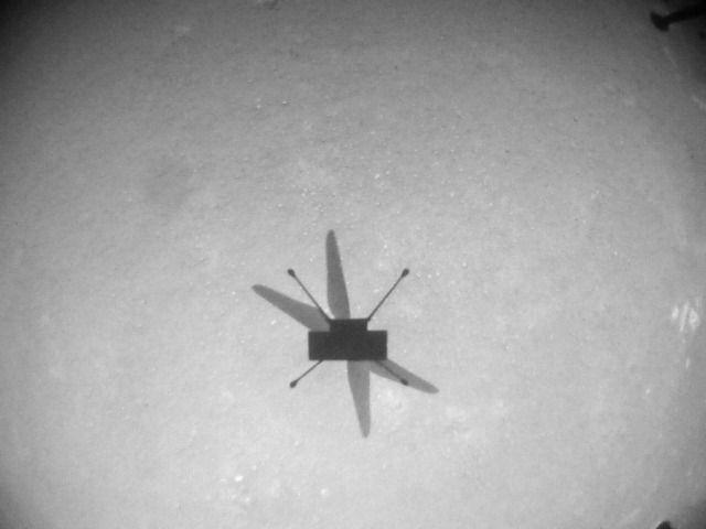 """Хеликоптерът """"Находчивост"""" с осми полет на Марс"""