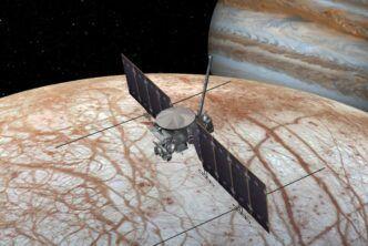 НАСА реши да използва Falcon Heavy вместо SLS за извеждането на междупланетната сонда Europa Clipper в космоса