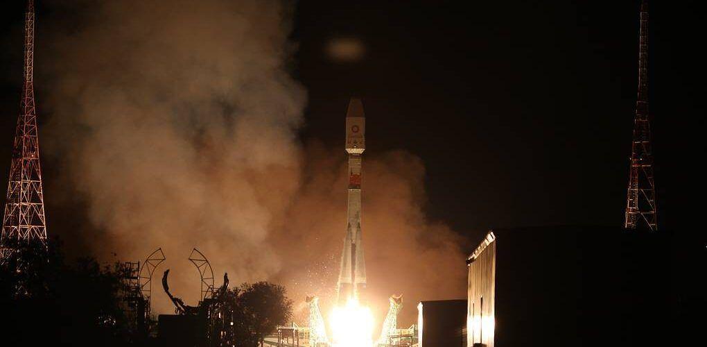 Ракетата Союз-2.1б успешно изведе в орбита 34 OneWeb сателита