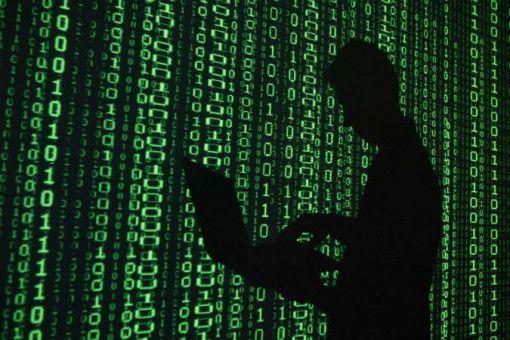 Атакуват хиляди компании чрез новооткритите слабости в Exchange