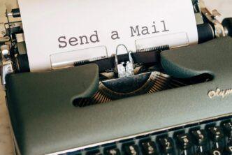 електронна поща