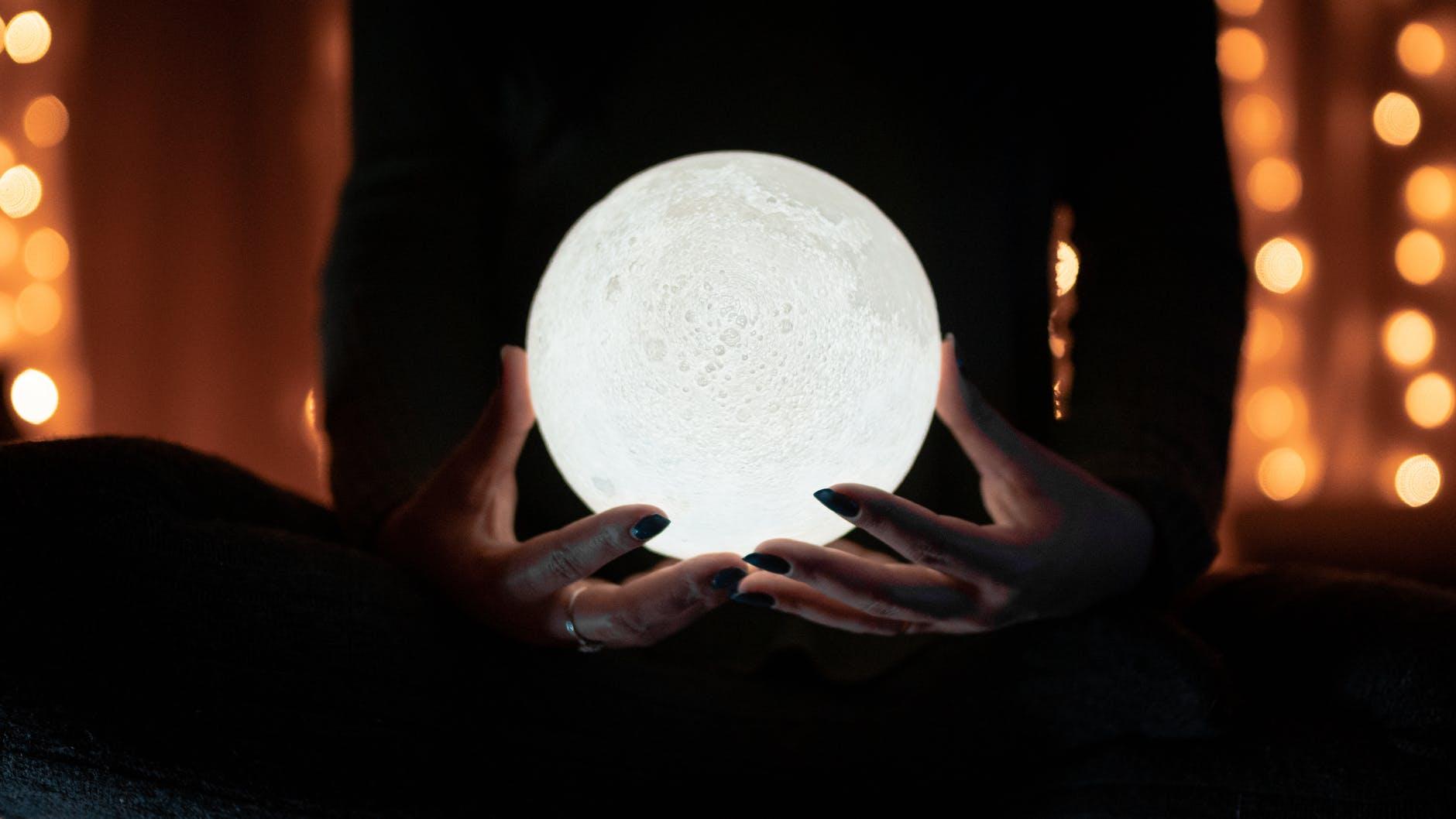 кристална топка