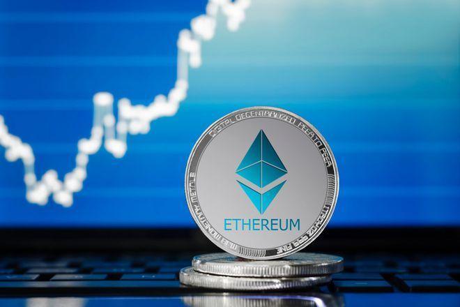 Курсът на криптовалутата Ethereum постави исторически рекорд - $1555 за 1 ETH