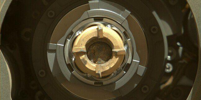 Марс 2020 успешно издълба скала и вероятно има перфектната проба от скала на Марс