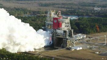 NASA извърши тестово запалване на най-голямото ракетно ядро в света