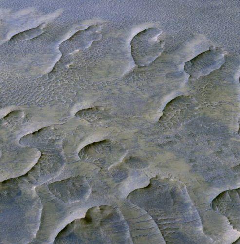 Откриха дюни на възраст от милиард години на Марс