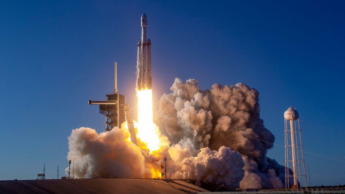 Пазарната капитализация на SpaceX надхвърли $100 милиарда