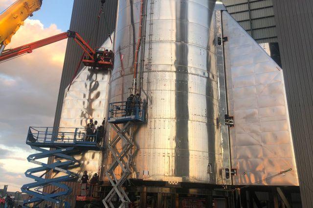 SpaceX намалява мащаба на първия полет на Starship на голяма височина