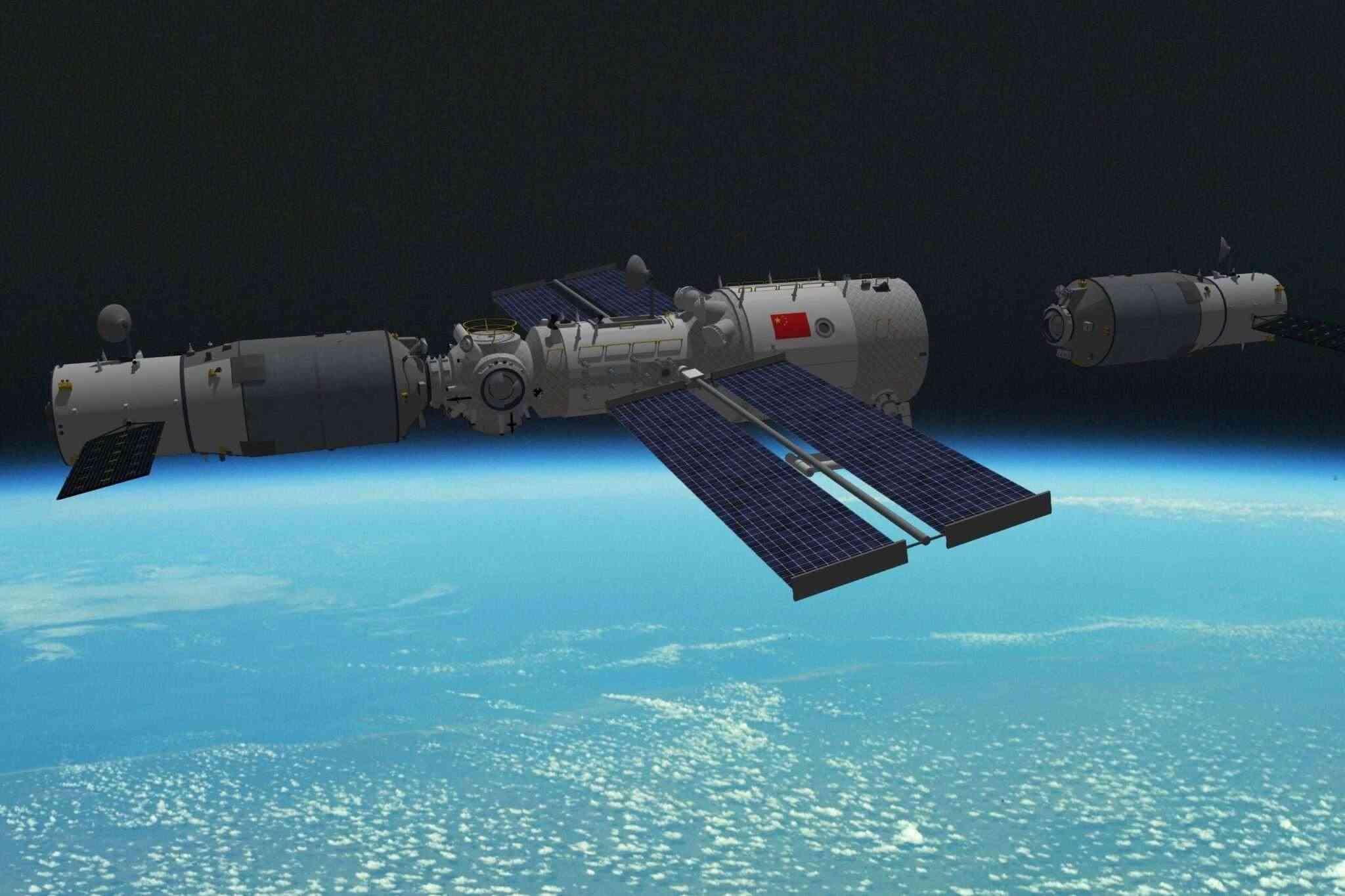 Товарният космически кораб Тянчжоу-3 успешно се скачи с китайската космическа станция
