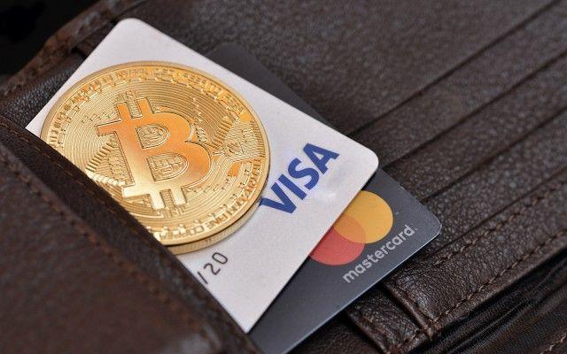 Visa започва да работи с криптовалути и навсякъде ще може да се плаща с биткойни