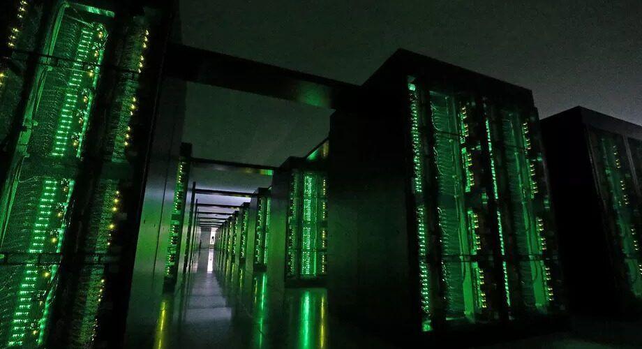 Япония ограничава чуждите технологии в частния сектор